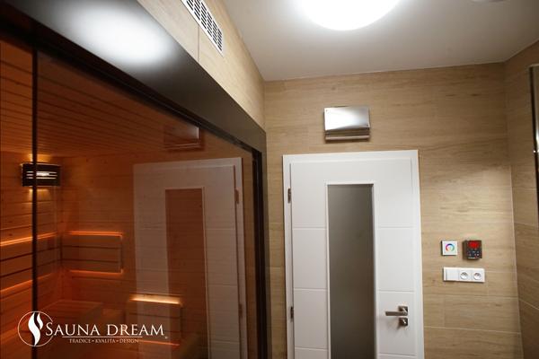 Řídící jednotka saunové kabiny 600x400