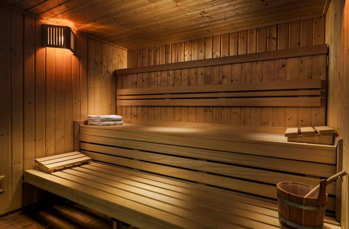 rustikální vnitřní sauna na míru
