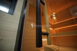 Madlo saunových dveří