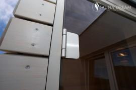 Nerezové kování venkovní finské sauny a fasáda ze sibiřského modřínu